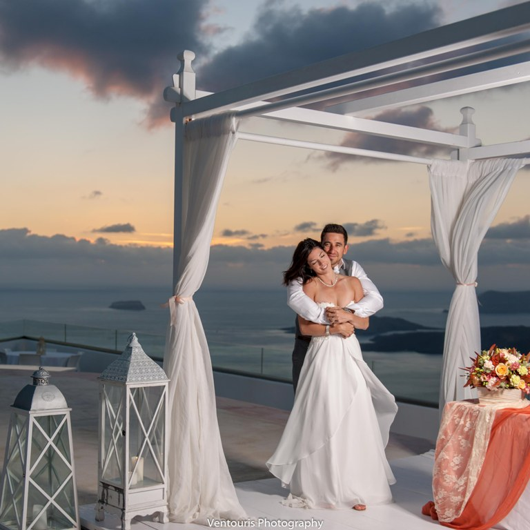 Lovwed Lovweddings Santorini Greece Caroline Chris Outdoorwedding Gem07