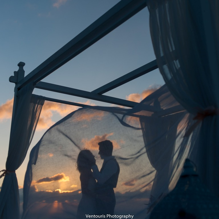 Lovwed Lovweddings Santorini Greece Caroline Chris Outdoorwedding Gem11