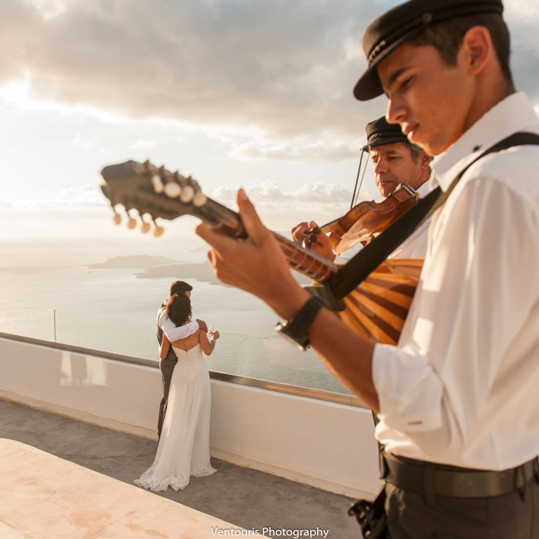 Lovwed Lovweddings Santorini Greece Caroline Chris Outdoorwedding Gem24