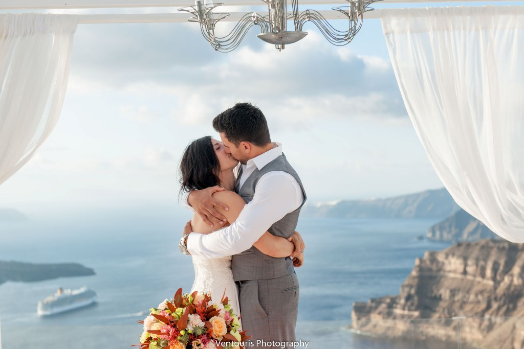 Lovwed Lovweddings Santorini Greece Caroline Chris Outdoorwedding Gem28
