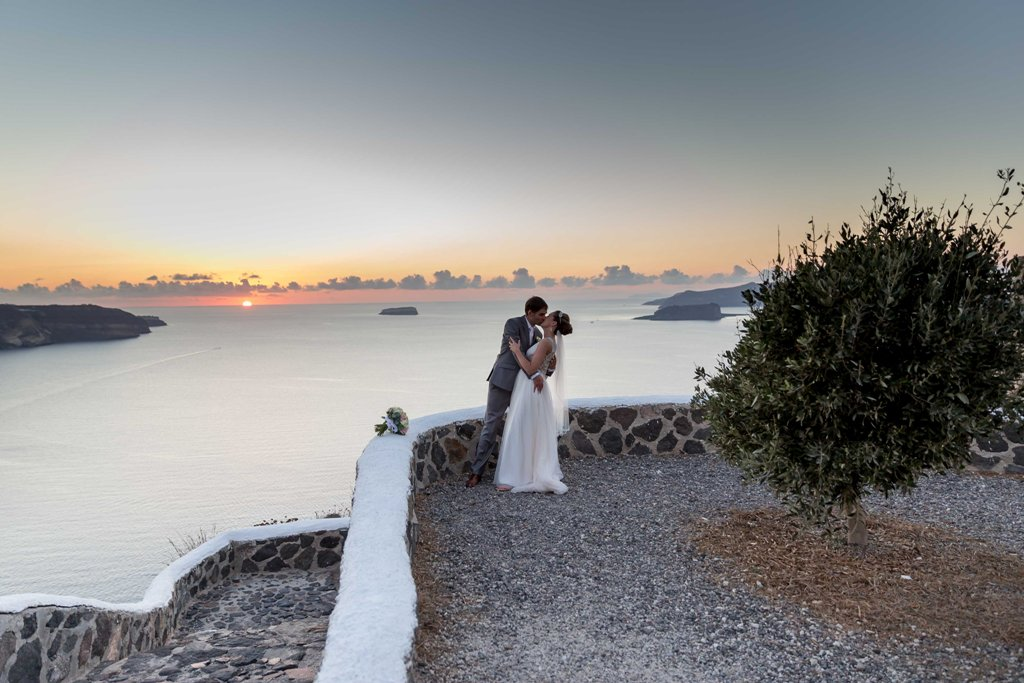 Santorini Weddings Greece Lovwed Lovwedding Weddingplanner Melanie Brandon31